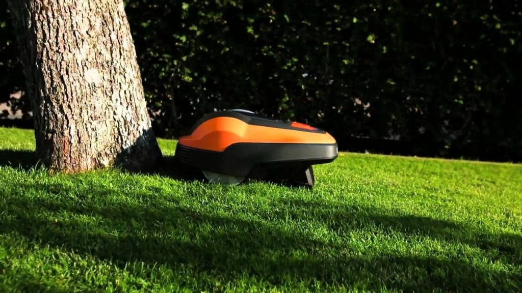 Flymo 1200r avoiding obstacles my robot mower