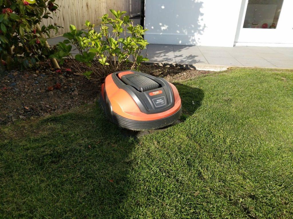 flymo 1200r garden my robot mower