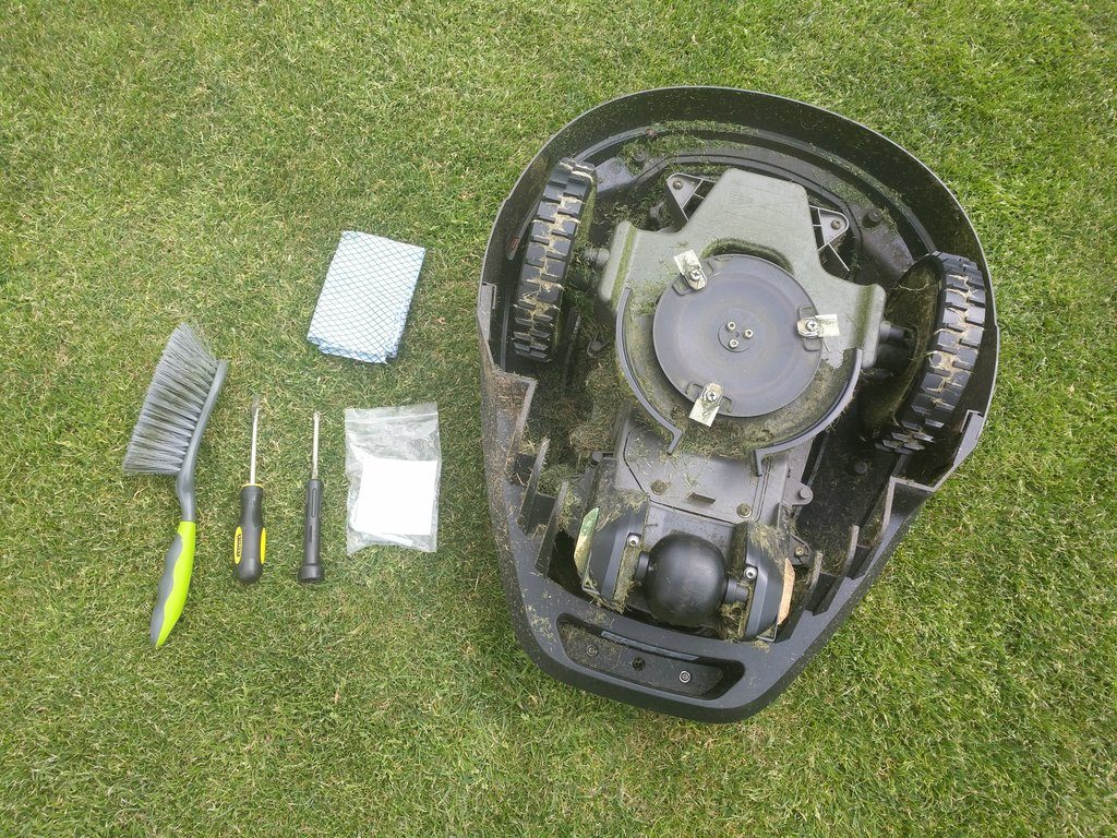 maintain and service robot lawn mower