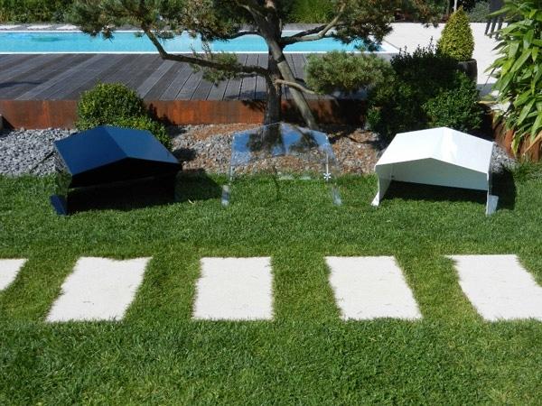 robot-lawn-mower-garage-acrylic