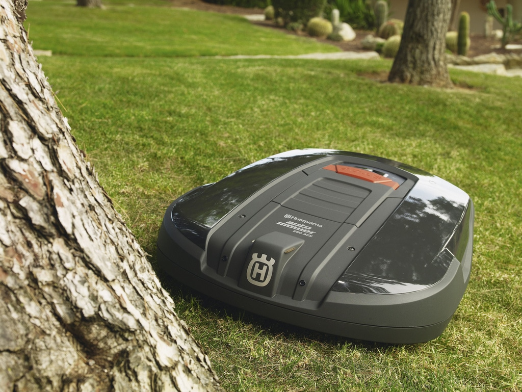How Does A Robot Lawn Mower Deal With Obstacles? - My Robot